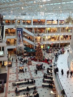 Fashion Center at Pentagon City: go-to mall on Metro with great stores