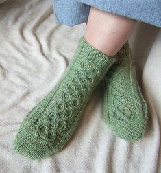 Ravelry: Traveler Socks pattern by Diana Gates