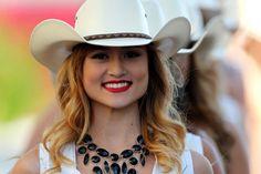 USGP Grid Girls 2014 Formula 1 Girls, Pit Girls, Cowboy Hats, Grid, Fashion, Moda, Fashion Styles, Fashion Illustrations