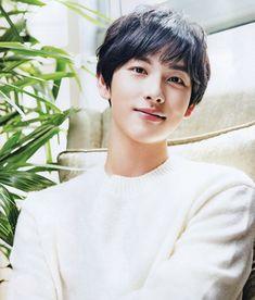 Korean Men, Korean Actors, Im Siwan, Many Men, Kdrama Actors, Winwin, Man Crush, Actors & Actresses, Handsome