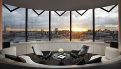 ME Hotel  Architects: Foster and Partners Location: London, UK Photographs: Francisco Guerrero