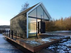 Glass Prefab Cabin: Recreational Island House in The Netherlands