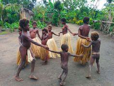 Yakel Tribe Tanna Island Vanuatu Children playing http://xdaysiny.com/volcano-hunting-tribal-living-tanna-island/