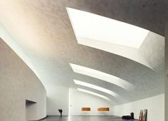 Kiasma Museum of  Contemporary Art - 1998  140,000 sq.ft. museum Interior lighting of museographic spaces, auditorium and public spaces  Helsinki, Finland Architect: Steven Holl Architects Local Architect: Juhani Pallasmaa Client: Ministry of Public Buildings Photo © Paul Warchol