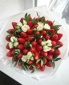 Edible Fruit Arrangements, Edible Bouquets, Food Bouquet, Candy Bouquet, Fruit Flower Basket, Vegetable Bouquet, Flower Box Gift, Fruit Decorations, Strawberry Fruit