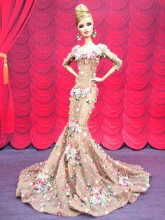 Eaki-Noche-Sexy-Vestido-Traje-Vestido-Cali-Barbie-Fashion-Royalty-Lentejuelas-Fr2
