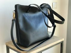 Large Black Leather bag with zip and removable Cross Body Strap. Handmade.  Zipper. Minimalist leather bag ea0bd6941c428