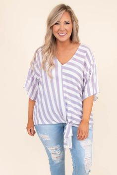 Summer Tops, Everyday Look, Spring Summer Fashion, Plus Size Fashion, Hemline, Style Me, Lavender, Skinny, Lady