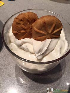 Mousse allo yogurt Bimby 4.10/5 (82.00%) 10 votes Mousse allo yogurt Bimby, una mousse a base di panna e yogurt da guarnire a piacere con frutta o secondo i gusti. Foto e ricetta di Manuela A. e Eleonora M. Stampa Mousse allo yogurt Bimby Mettete la farfalla in freezer 10 min prima di iniziare e … Lidl, Burritos, Mousse Dessert, Gelato, Flan, Biscotti, Italian Recipes, Sweet Recipes, Yummy Treats