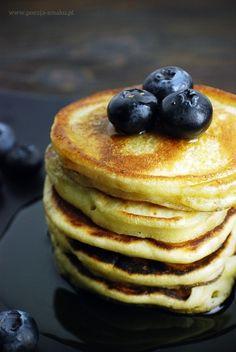 """Pancakes to amerykańskie naleśniki. My raczej powiedzielibyśmy o nich """"placuszki"""". Są małe i pulchne."""