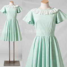 Vintage 50s Dress Mint green dress Mad men by TrendyHipBuysVintage