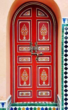 Photo by - Red door at La Mamounia Marrakech, Morocco. Cool Doors, Unique Doors, Mamounia Marrakech, Marrakech Morocco, Hotel Door, Door Gate, Entrance Doors, Grand Entrance, Doorway
