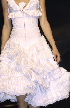 Antonio Berardi - Milan Fashion Week Spring, 2004