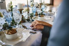 Brunch Morning Wedding ~ Sunday Kind of Love. Blue & White Vintage Table Decor. Gorgeous linens by La Tavola