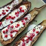 Ottolenghi's aubergines met karnemelksaus en granaatappel