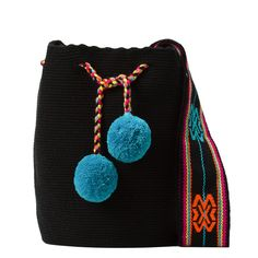 Tienda online de Bolsos Wayuu étnicos y artesanales en Madrid |Full Moonrise Cotton Bag, Cotton Thread, Fabric Drawing, Lana, Hand Knitting, Purses And Bags, Coin Purse, Weaving, Tote Bag