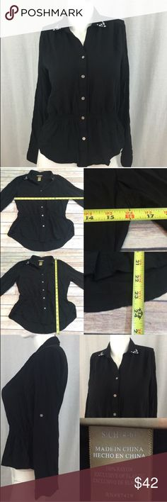 💧Small Miss Tina Button Down Gathered Waist Top Measurements are in photos. Normal wash wear, no flaws. C2  **Can be either 3/4 length sleeve or long sleeve.   I do not comment to my buyers after purchases, due to their privacy. If you would like any reassurance after your purchase that I did receive your order, please feel free to comment on the listing and I will promptly respond.   I ship everyday and I always package safely. Thank you for shopping my closet! Miss Tina Tops Button Down…