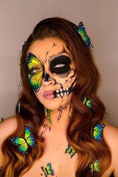 21 Most Beautiful Butterfly Makeup Ideas for Halloween | StayGlam Scary Makeup, Skull Makeup, Sfx Makeup, Costume Makeup, Cute Makeup, Glowy Makeup, Horror Makeup, Classy Makeup, Purple Eye Makeup