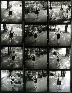 Diane Arbus granade_contact_sheet.jpg 1,280×1,667 píxeles