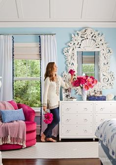At Home with Brooke Shields - Brooke Shields Shows Off Her Hamptons Home  - Photos