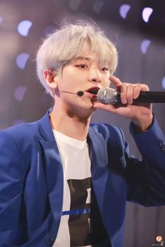150515 Chanyeol at Yonsei University Festival ©hello puppy