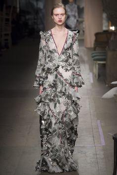 Erdem Fall 2016 Ready-to-Wear Fashion Show - Frida Westerlund