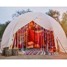 Let's Go Camping! - Outdoor Camping Tips Gypsy Style, Boho Gypsy, Hippie Boho, Bohemian Style, Bohemian Beach, Hippie Style, Bohemian Patio, Ibiza Style, Modern Hippie