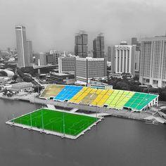 Floating Soccer Pitch in Singapore . . . southeast asia #marinabay #marinabaysands #gardensbythebay #vscocam #sg #sgig #igsg #travel #architecture #futbol #sport #stadium #football #match #game #stadion #grass #sky #стадион #drone #dji #gopro #quadcopter #aerial #djiphantom