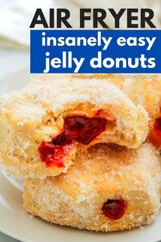 Easy air fryer desserts made with biscuits. These air fryer jelly donuts are just that. They're the perfect treat for breakfast and dessert and are air fried in just minutes. Your taste buds will thank you! Air Fryer Recipes Dessert, Air Fryer Oven Recipes, Air Frier Recipes, Air Fryer Cooking Times, Cooks Air Fryer, Air Fryer Doughnut Recipe, Donut Recipes, Cooking Recipes, Melting Pot Recipes