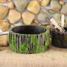Fairy Garden Miniature Log Cottage in Rock Fence Flower Pot Cottage Sculpture Planter