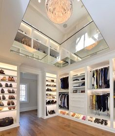 Trending Walk in closet designs and ideas for your home - Gazzed Walk In Closet Small, Walk In Closet Design, Closet Designs, Master Closet Design, Walk In Wardrobe, Wardrobe Design, Design Bedroom, Bedroom Ideas, Closet Walk-in