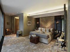 One Hyde Park – London | PropertyPorner.co.uk