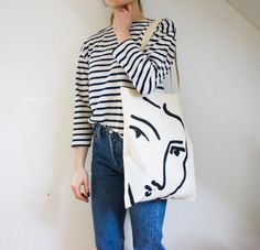 The Nadia tote bag Matisse hand painted by PeuImporteVintage
