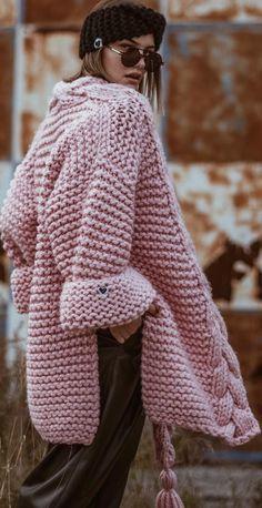 New Crochet Cardigan Free Pattern Sweater Coats 53 Ideas Knitting Patterns Free, Free Pattern, Pattern Ideas, Crochet Patterns, Free Knitting, Plaid Laine, Pullover Mode, Black Crochet Dress, Crochet Cardigan Pattern