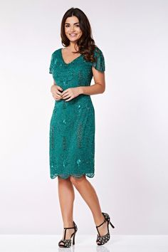 This vintage inspired beaded dress in Teal manages to evoke the flapper era while reading as conservative enough for the Plus Size Vintage Dresses, Vintage Inspired Dresses, Vintage Gowns, Vintage Style Dresses, Plus Size Dresses, Nice Dresses, Dresses Art, Vintage Hats, Retro Vintage