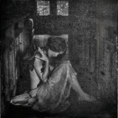 Umarłemu księżycowi poświęcam (Eng. To the moon that died I dedicate) - Angelika Ejtel
