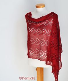 Lace knitted shawl Red P459 by Berniolie on Etsy