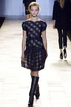Zac Posen Fall 2006 Ready-to-Wear Fashion Show - Sasha Pivovarova