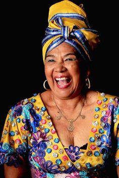 Toto La Momposina, es la cantante de ritmos folklóricos Colombianos mas conocida a nivel mundial.