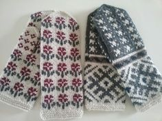 Knitted  mittens by Rita Soms.