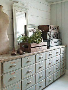 i so love every single thing about this...but those drawers! sigh....