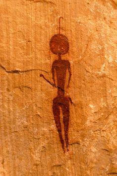 Painted human figure, Ennedi Plateau, Chad. © David Coulson/TARA