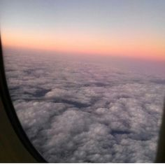 Back in heaven ☁ see full story at  http://flacawayoflife.blogspot.mx/2016/01/back.html?m=1 .. #latepost #post #blog #blogger #skyporn #sky #clouds #nature #pinktouch #heaven #plane #view #goingback #thankful #blessed #enjoylife #smileeveryday #unavueltalcielo