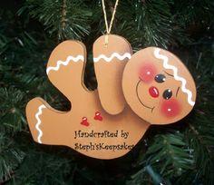 Handpainted  Christmas Gingerbread Ornament por stephskeepsakes