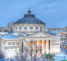 Ateneul Român, Bucureşti, România - Romanian Athenaeum in Bucharest Futuristic Architecture, Amazing Architecture, Romania Facts, Wonderful Places, Beautiful Places, Neoclassical Architecture, Little Paris, Bucharest Romania, Commercial Architecture