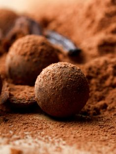 Recette Truffes au chocolat sans beurre  (recette en video: http://www.youtube.com/watch?v=DrkLQlFSekA)