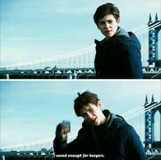 That time when Bruce Wayne has his priorities straight Gotham Series, Gotham Tv, Gotham Girls, Gotham Batman, Gotham Bruce And Selina, David Mazouz, Tv Show Casting, Great Tv Shows, American Comics
