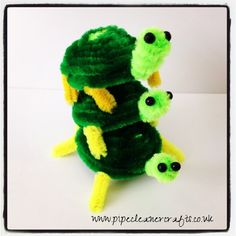 pipe cleaner turtle. video tutorial available http://youtu.be/A9m0kaZjMEY