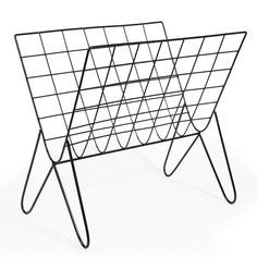 Maison du monde Porte-revues en métal noir GRAFIK Dimensions (cm) : H 35 x L 38 x PR 27  19,99 €