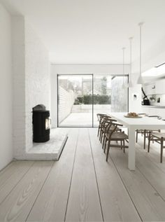 Loving these extra wide floorboards